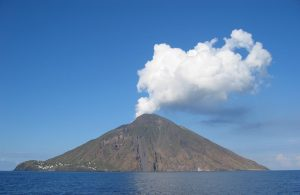 smoking-volcano